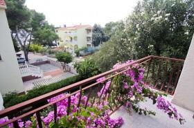 Výhled z balkonu v 1. patře