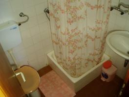 Další koupelna