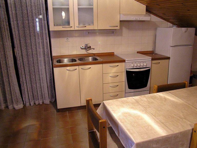 Apartments 1346-34