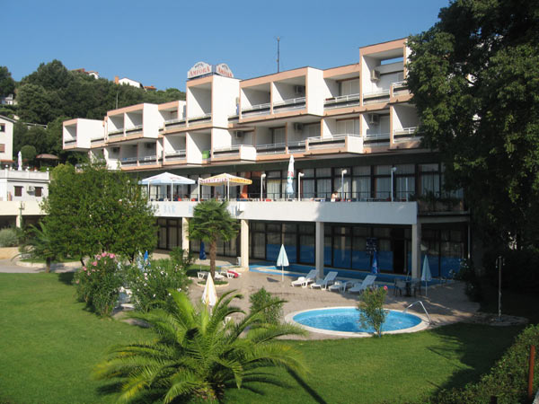 Hotel 549-24
