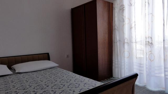 Apartments 1350-309