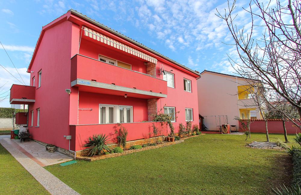 Apartments 1318-426