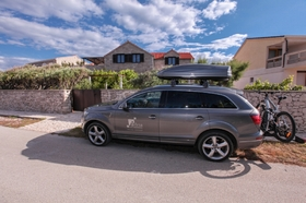 Parkování přímo u domu