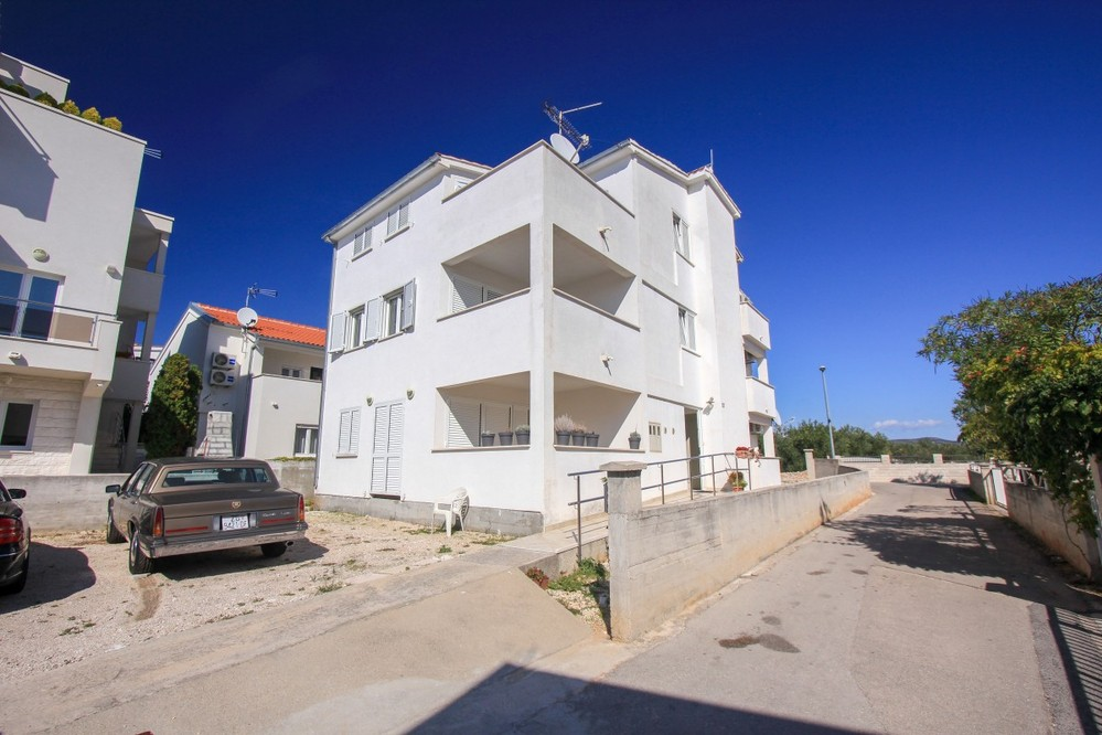 Apartments Roki
