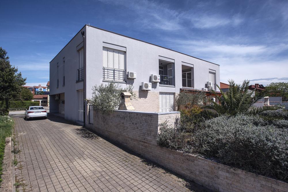 Apartments 1318-840
