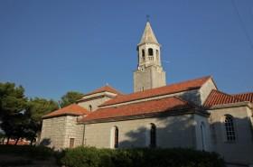 Kostel v Povljích