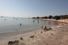 Písečná pláž vzdálená 4 km