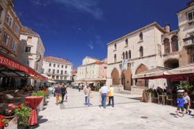 Jedna z restaurací ve Splitu