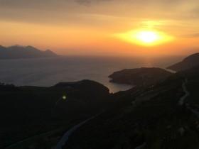 Večerní západ slunce nad Komarnou