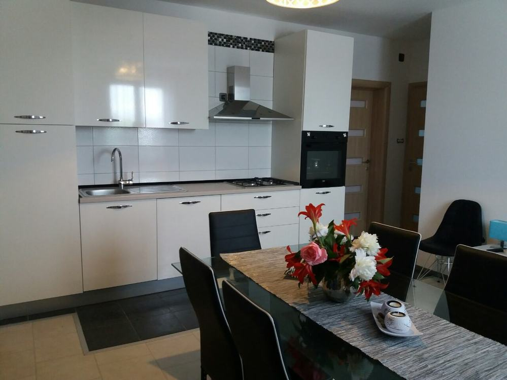 Apartments 1350-259
