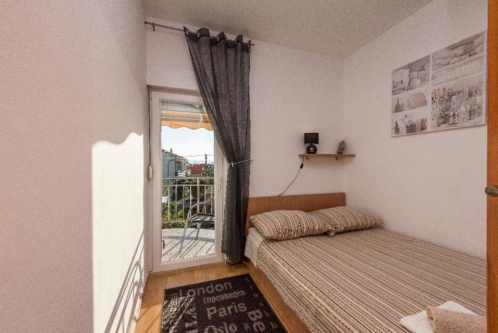 Apartment 1350-418