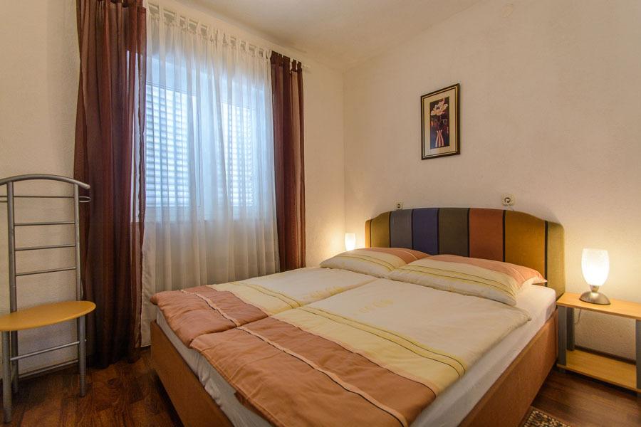 Apartments 1351-190