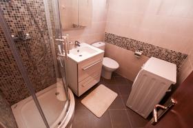 Čtvrtá koupelna - patro