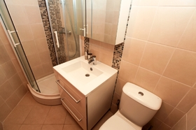 Třetí koupelna - patro