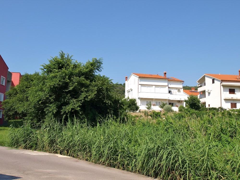 Apartments 1321-20