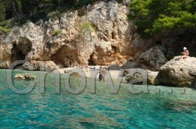 Malé pláže poskytující soukromí