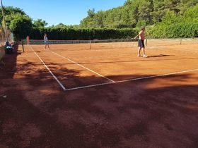 Tenis v Selcich