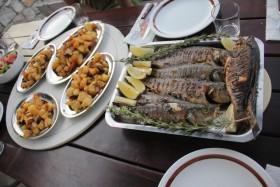 Pečené ryby s domácími brambory