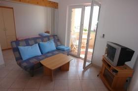 Obývací pokoj lze propojit s druhou ložnicí