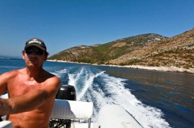 Majitel robinzonády je zkušený námořník