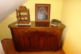 Starobylý nábytek v domě