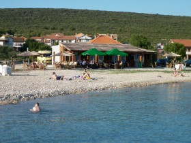 Cafe bar na pláži