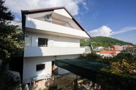 Balkóny apartmánov