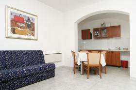 Obývací pokoj v APP 2+2