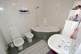 První koupelna v APP 6+2 6