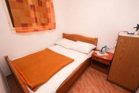 Další ložnice