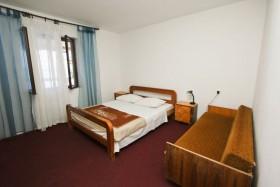 Čtvrtá ložnice