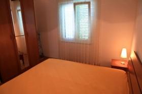 Detail 2. ložnice