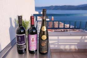 Vychutnejte si víno s pohledem na moře
