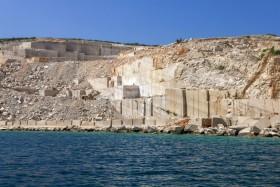 Těžba bračského kamene