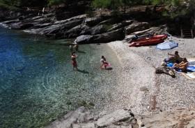 Pláž je vhodná i pro malé děti