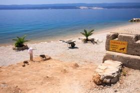 Na pláži platí zákaz psů