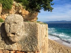 Římská studna na pláži