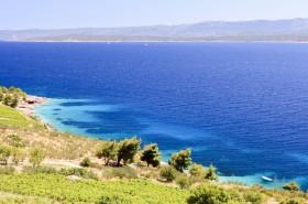 Okolní příroda a průzračné moře