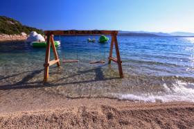 Houpačky na pláží