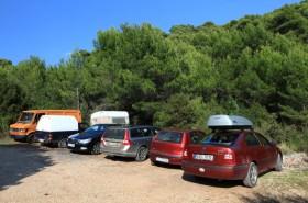 Veřejné parkování v zátoce