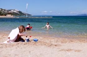 Pláž je vhodná pro děti