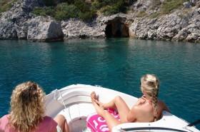 Wycieczka własną łodzią do jaskini