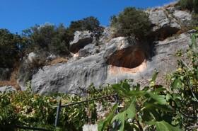 Jeskyně v letovisku