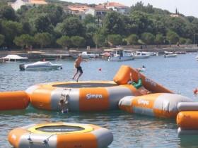 Vodní sporty na pláži