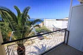 Balkon lze propojit s balkonem apartmánu č. 2