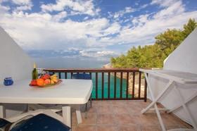 Výhled na moře z balkonu
