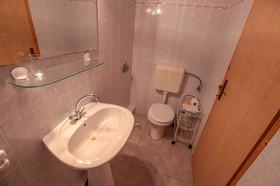 Detail druhé koupelny