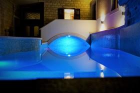 Osvětlení bazén