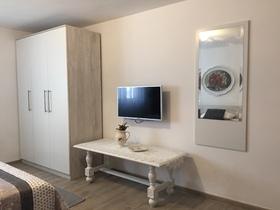 Televize v místnosti