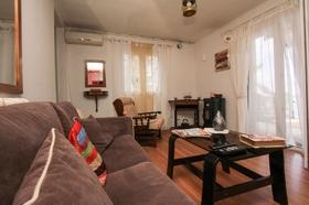 Rozkládací sedačka v obývací části